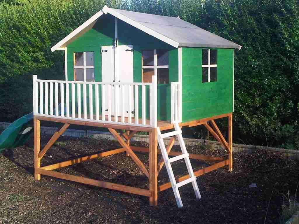 Assemble playhouse Baldock